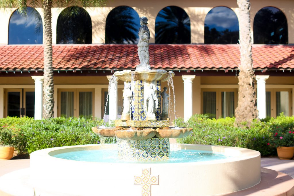 Venue Mission Inn Resort Fountain | Red & Black Wedding Classic Romantic Dark Mission Inn Resort Anna Christine Events Wings of Glory Photography