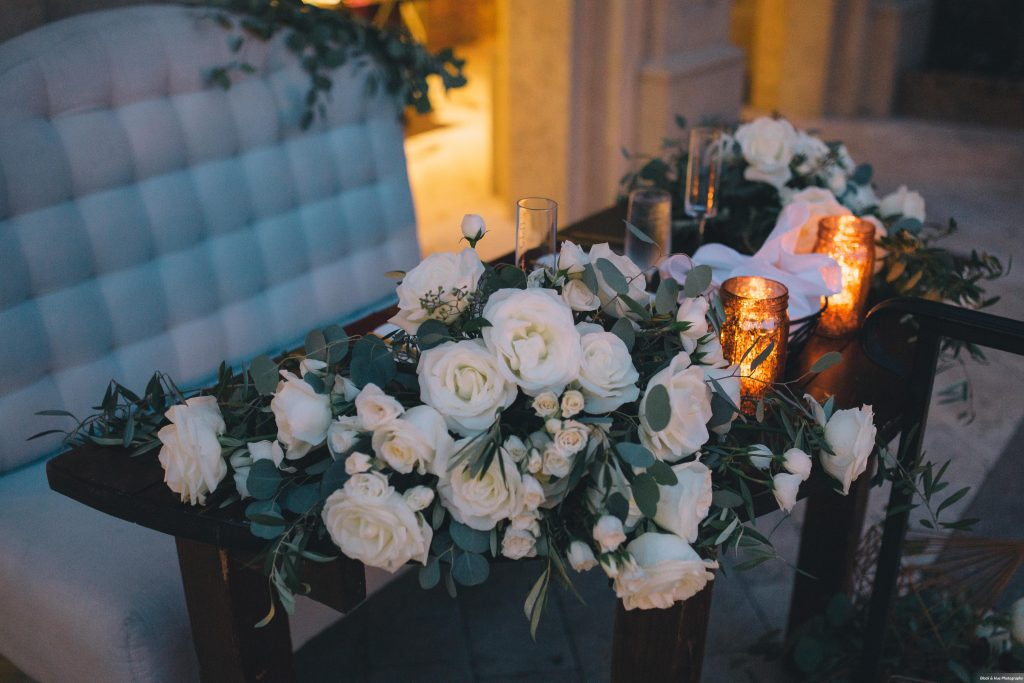 Sweetheart Table Bluegrass Chic Flowers Bella Collina | Boho Chic Rustic Nature Bella Collina Wedding Anna Christine Events Black & Hue Photography