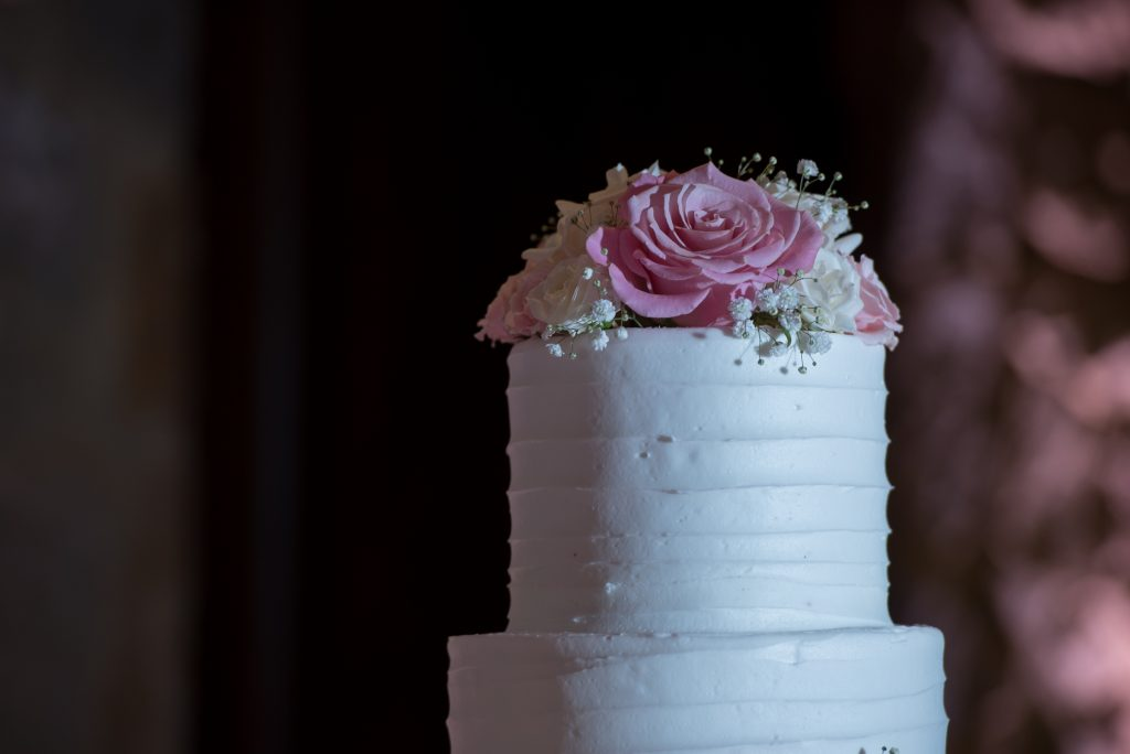 Wedding cake topper flowers It's Tasty Too | Classic Pink and White Wedding Bella Collina Kathy Thomas Photography Anna Christine Events